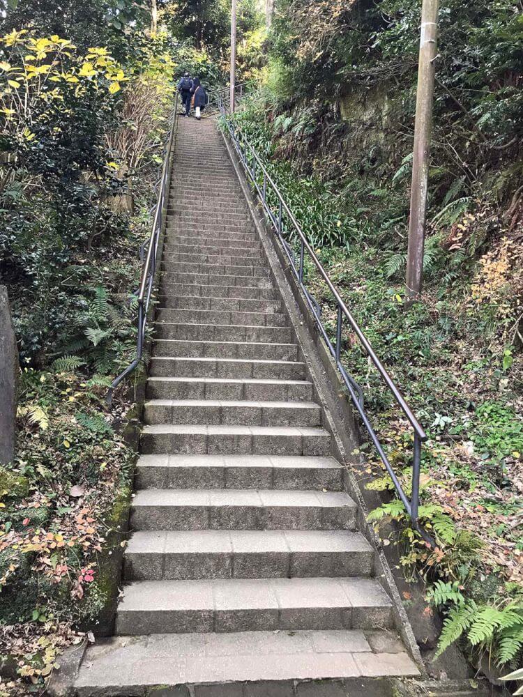 弁天堂の階段