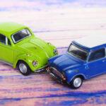 交通事故 ワーゲンとミニ